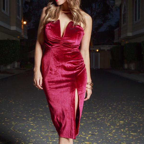 red-velvet-dress